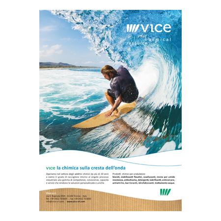 Immagine della pagina pubblicitaria pubblicata su Converter & Cartotecnica - Art Director Holbein & partners TV, realizzazione campagna stampa raffigurante un surfista sulla cresta dell'onda. Ideazione pagine pubblicitarie agenzia grafica Treviso