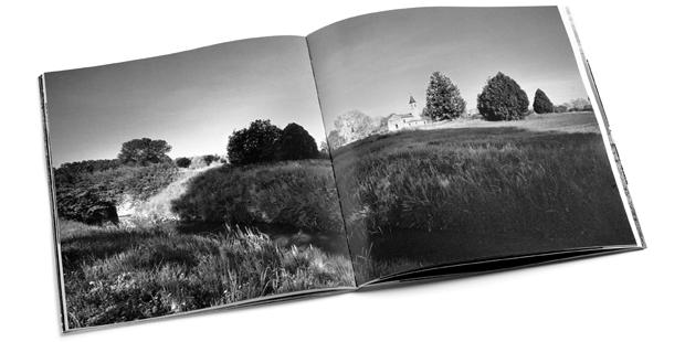 """Immagine doppia pagina del nuovo Libro """"Sile. Fiume sorgivo."""" di Fulvio Roiter - progetto grafico H&P di Treviso."""