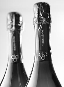 Realizzazione etichette e packaging per vino prosecco. Studio Grafico H&P