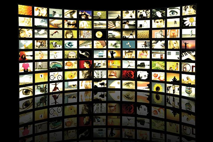 Televisione: Schermata regia delle nostre emittenti televisive rappresentate
