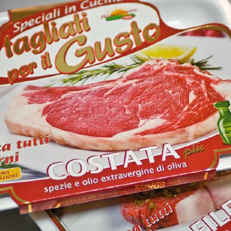 immagine packaging Franzin Carni. Realizzazione design packaging per confezioni prodotti alimentari ed in particolare vitivinicole. Studio di Graphic Design H&P Mestre.