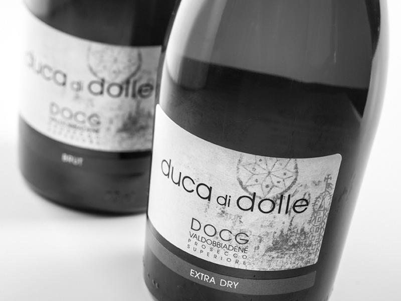 Realizzazione etichette per vino